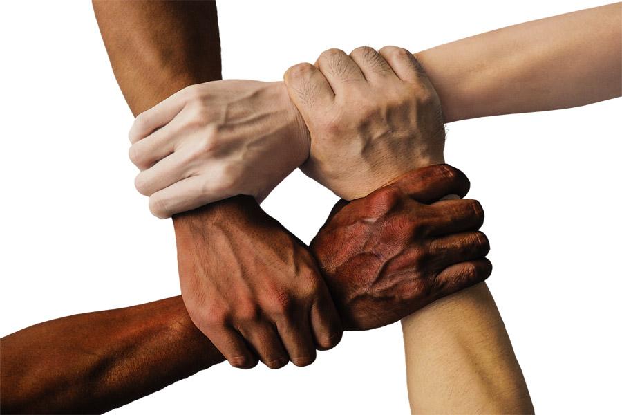 Tutti uguali... tutti diversi... tutti umani!